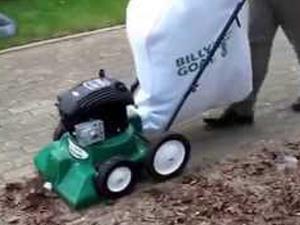 Leggerezza e manovrabilità, l'aspiratore per piccoli giardini