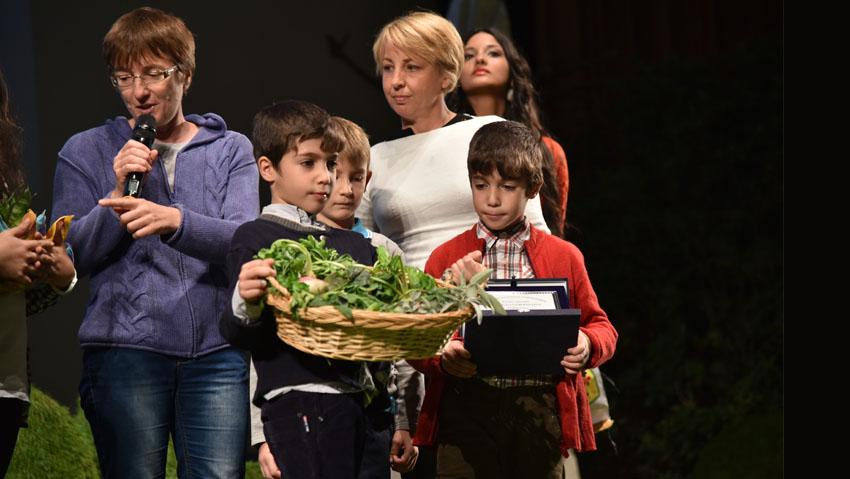 Asproflor premia le scuole fiorite