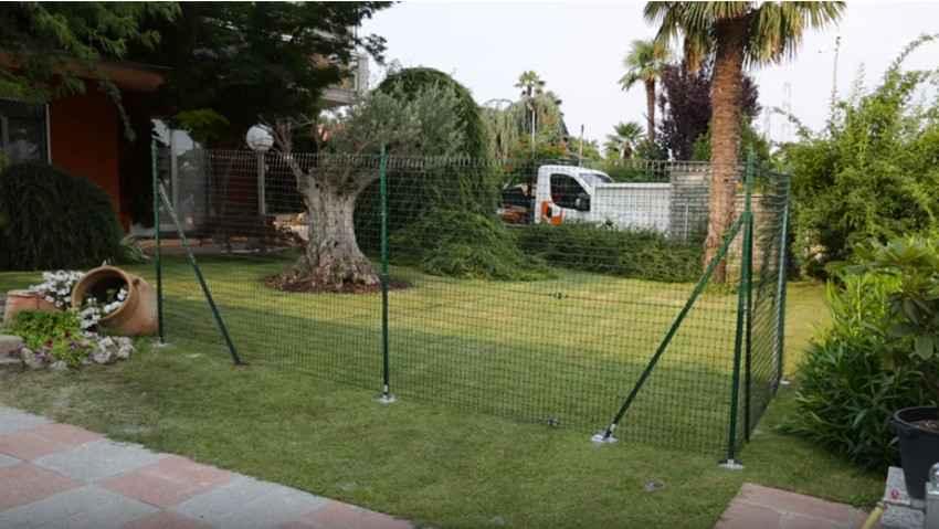 Come installare la rete da recinzione in plastica