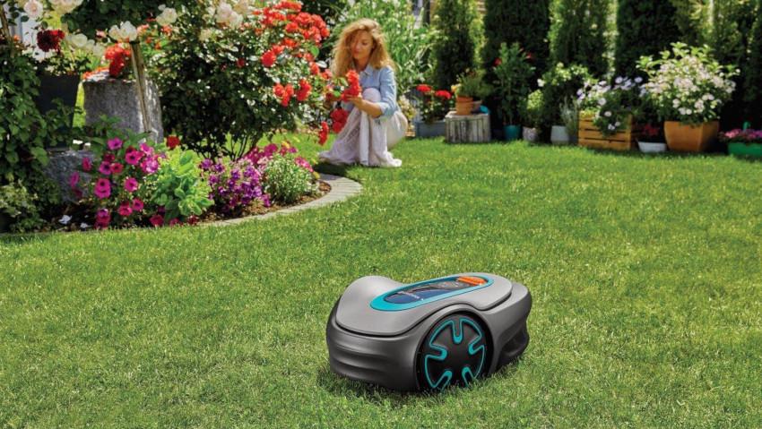 Nuovo robot tagliaerba piccolo e potente Gardena