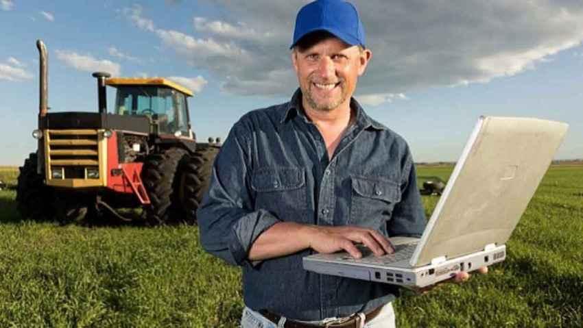 """Contadini tecnologici, il raccolto lo """"salva"""" una app"""